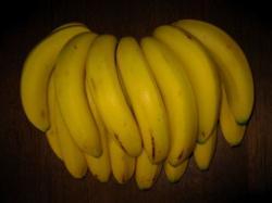 20080714 バナナを冷蔵庫で保存する方法2