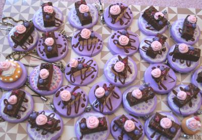 チョコの薔薇ケーキストラップ