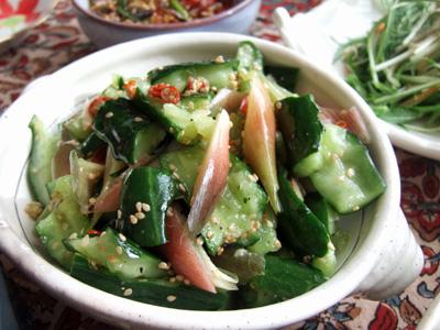 きゅうりとミョウガのサラダ