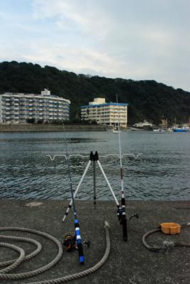 小坪漁港にて
