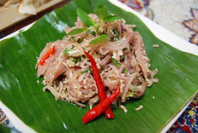 腸詰サラダ(パクチー別盛・笑)