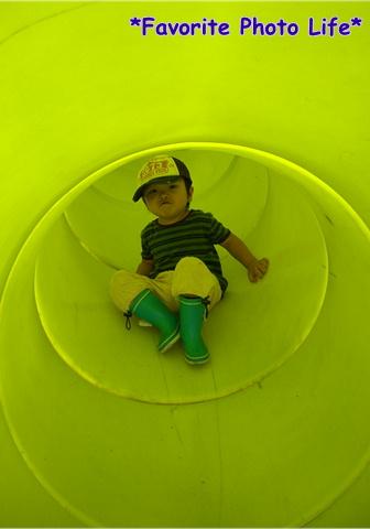 トンネルすべり台