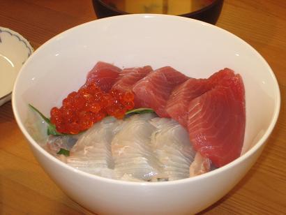 海鮮丼にしました