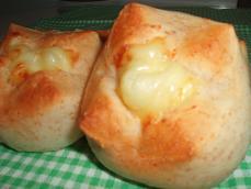 ヨーグルト酵母deライ麦チーズパン#1