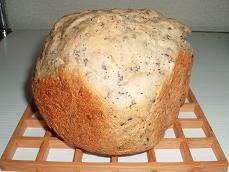 小麦コースの黒ゴマ米粉パン