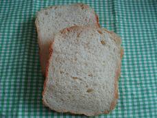 ジョニーの豆腐米粉食パン2