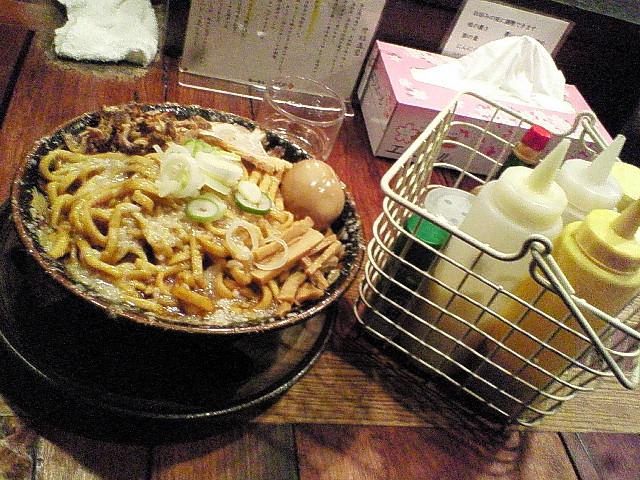 爆盛油脂麺01