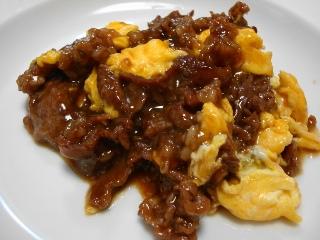 牛肉と卵の中華炒め