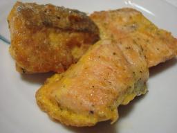 鮭のピカタ