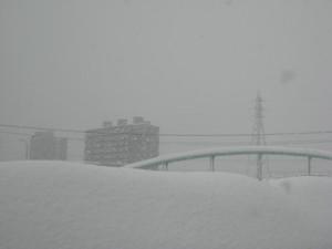 0126 002 すごい天気の悪い外