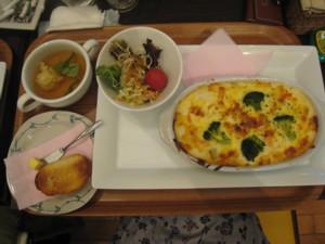 0505 008 ママの食事