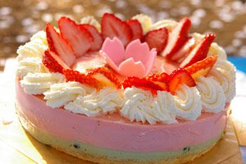 「黎明の風」ケーキ
