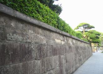 今和泉島津家 本邸跡地 石塀 (30%)