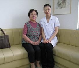 東方鍼灸院にて患者さんと