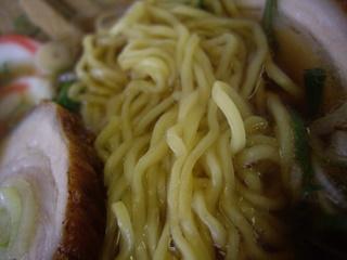 中華そば栄家 中華そば(麺アップ)