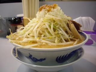 昴神角ふじ コク旨たんたん麺(本体)