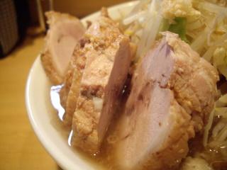 ラーメン二郎 荻窪店ブタの豚