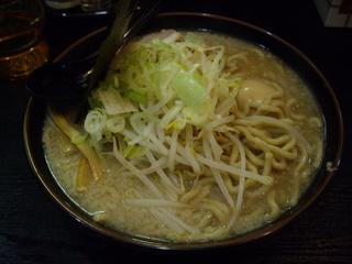 ハッスルラーメンホンマ 醤油ラーメン[特大]