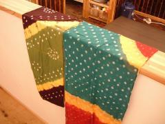 宇宙商店ウルルで買ったスカーフ