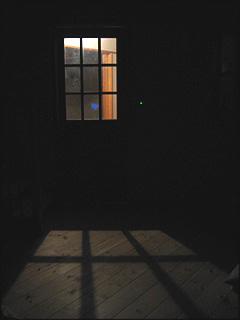 0827リビングドアの影