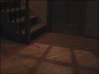 0827リビングドアの影2