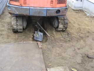 1115暗渠排水の溝1