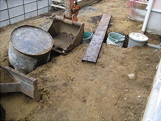 1115暗渠排水の溝2