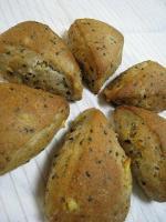 0922黒ゴマオレンジピールパン