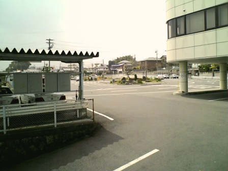 T自動車学校w