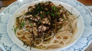 鎌倉パスタ 高菜と鶏肉のピリ辛パスタ