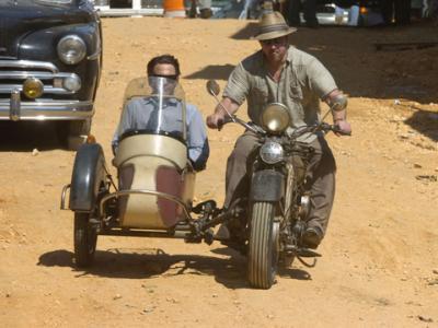撮影場所をバイクで