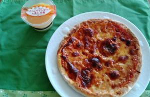 お昼ご飯ピザ