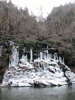 三十槌の氷柱 (2)