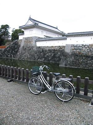 銅門と相棒
