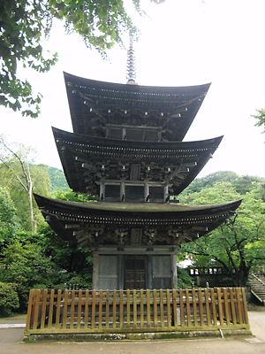 前山寺三重塔 (2)