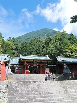 二荒山神社中宮 (3)