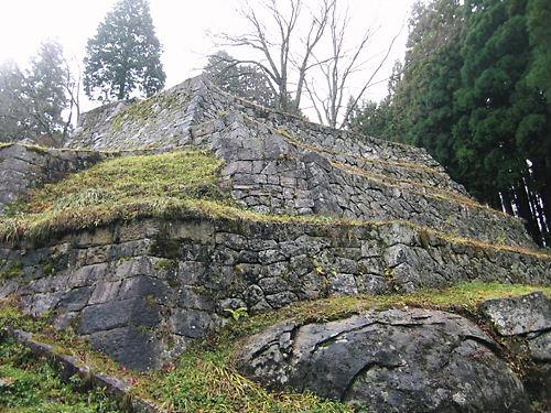 6段の石垣