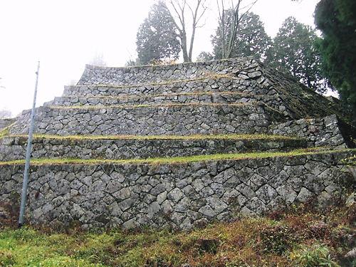 6段の石垣 (2)