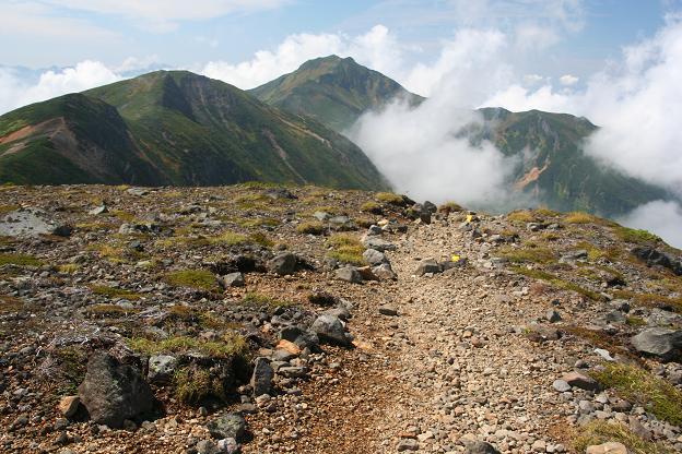 三峰山へ向かう