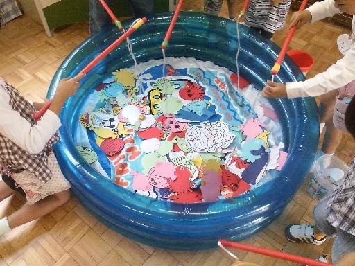幼稚園バザー・魚釣りゲーム