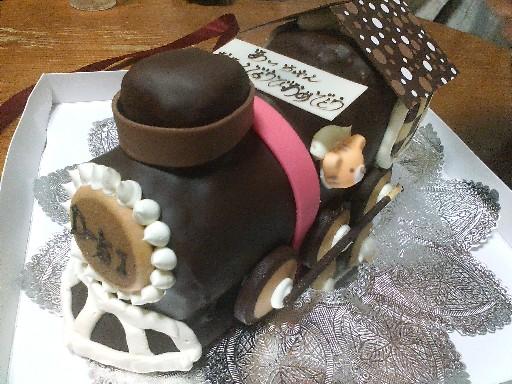 09あっちゃんの誕生日ケーキ・前面