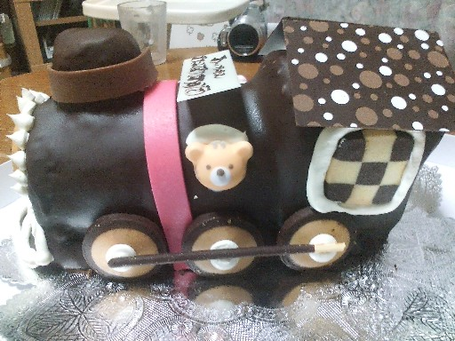 09あっちゃんの誕生日ケーキ・側面
