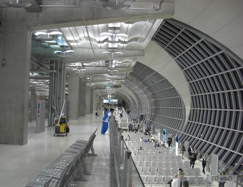 1-スワンナプーン空港2