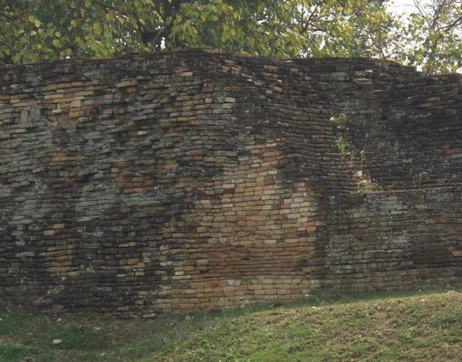 2-城壁2