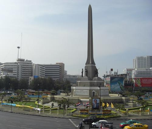 1-戦勝記念塔