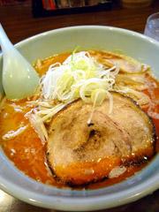 八王子ラーメンの麺や樽座で変わりダネ味噌ラーメン。