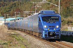 240px-Kyushu_Railway_-_Series_883_-_01.jpg