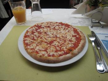 080502_Pizza.jpg