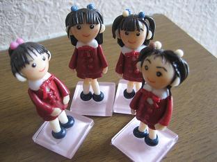 えんじ人形3