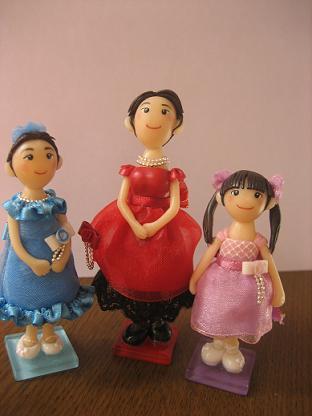 ドレス3姉妹♪